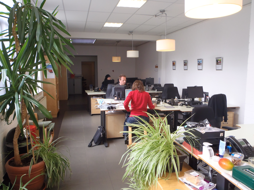 The second Nebu offices in Uitgeest: Bente, Michel, Gabry